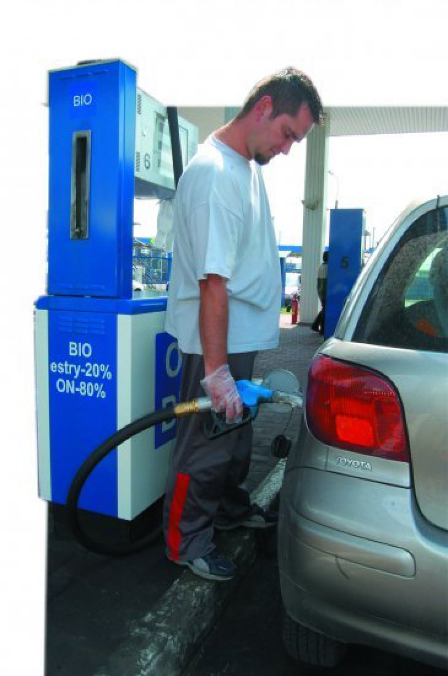 Biopaliwo zatopi rafinerię?