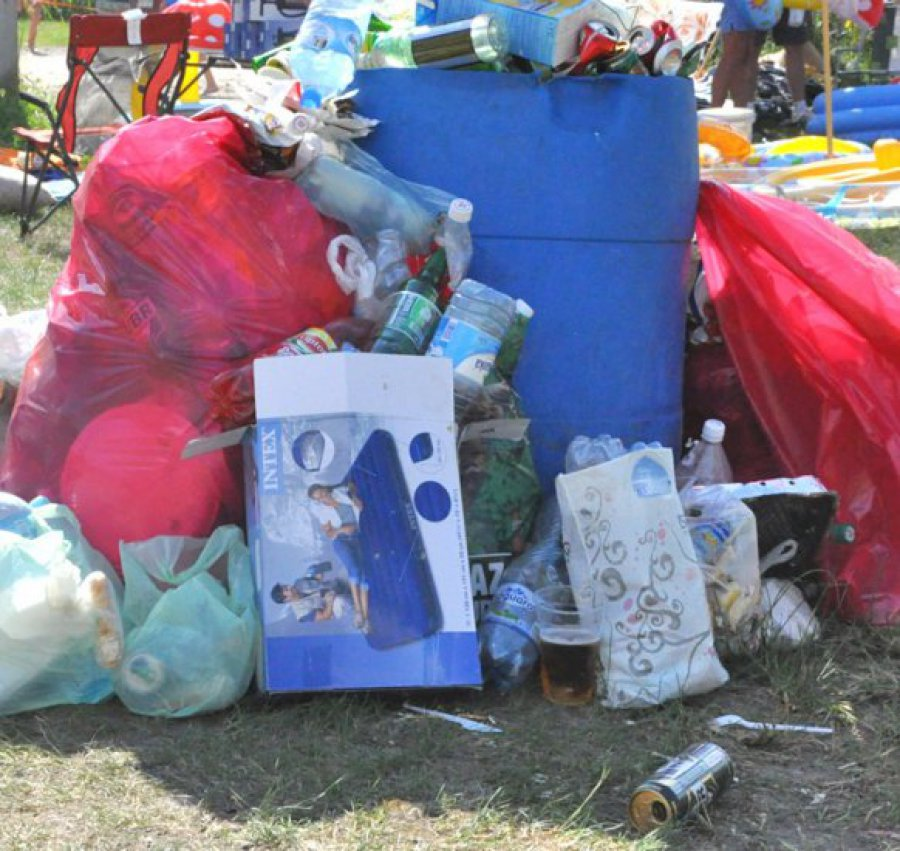 Ludzie strasznie śmiecą