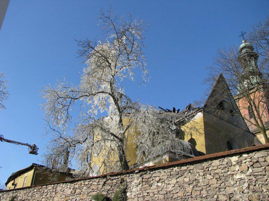 POWIAT CHRZANOWSKI, CHEŁMEK, KRZESZOWICE. Kwesta na odbudowę klasztoru w Alwerni