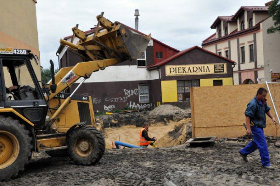 TRZEBINIA. Rozpoczęła się budowa kolejnej kamienicy w Rynku