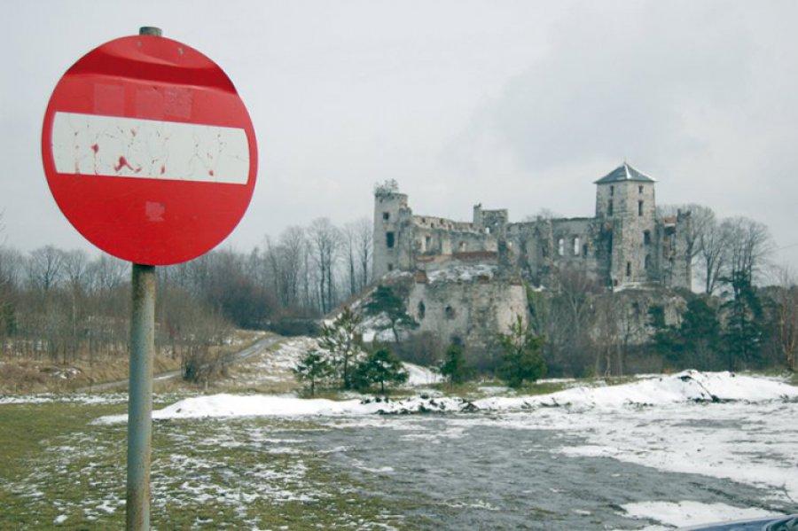 Są pieniądze na zabezpieczenie ruin w Rudnie. Ale kto to zrobi?