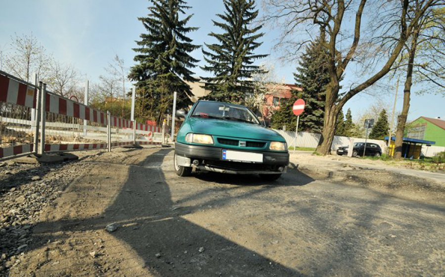 Kierowcy przeklinają na ulicy Mickiewicza