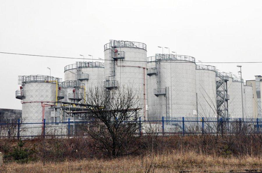CBA zabezpiecza dokumenty dotyczące trzebińskiej rafinerii