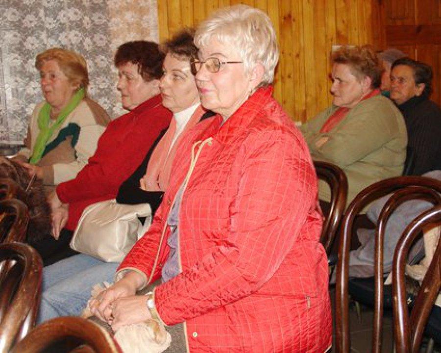 Władze Trzebini czekają na decyzję ministra, by móc zamknąć szkołę