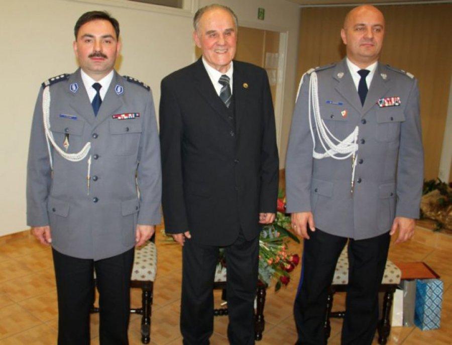 CHRZANÓW. Dwóch komendantów policji i były akowiec zasłużonymi dla powiatu