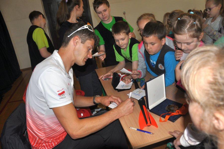 Olimpijczycy rozdawali autografy i zachęcali do treningów
