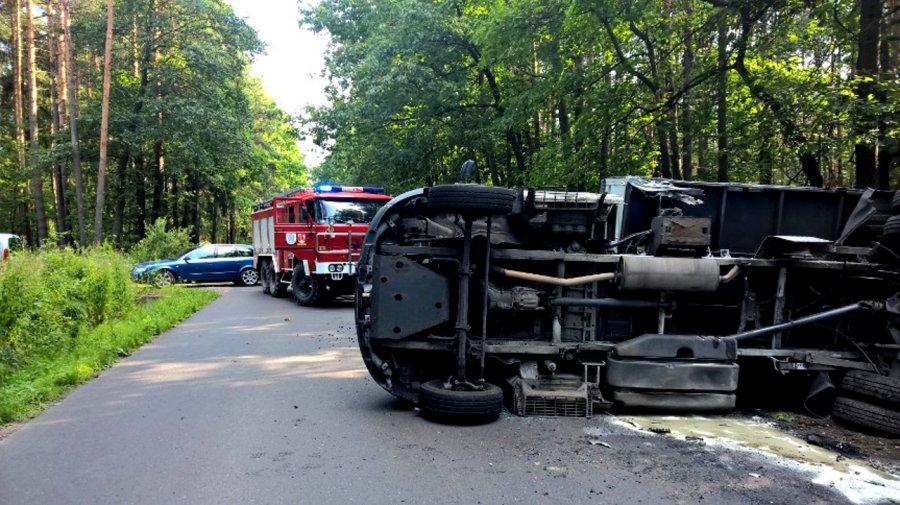 Skoda zderzyła się z ciężarówką