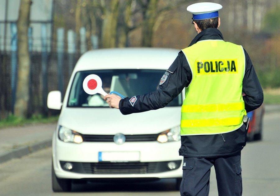 Kierowca i pasażer jechali z amfetaminą
