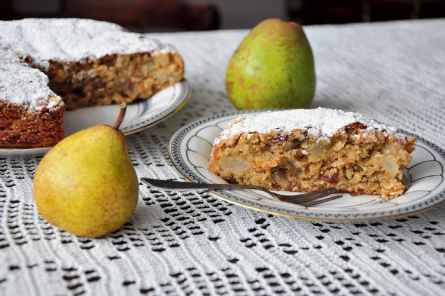 Zdrowe ciasto z gruszkami