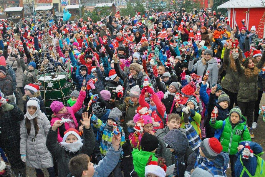 Jest rekord Polski – ludzie przynieśli setki Mikołajów