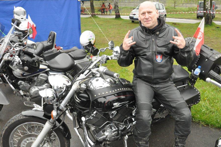 Kolumna motocykli przejechała z Trzebini do Chrzanowa (WIDEO)
