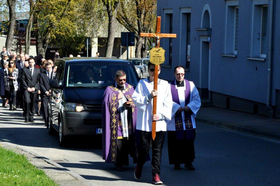 Były przewodniczący chrzanowskiej rady spoczął na cmentarzu parafialnym