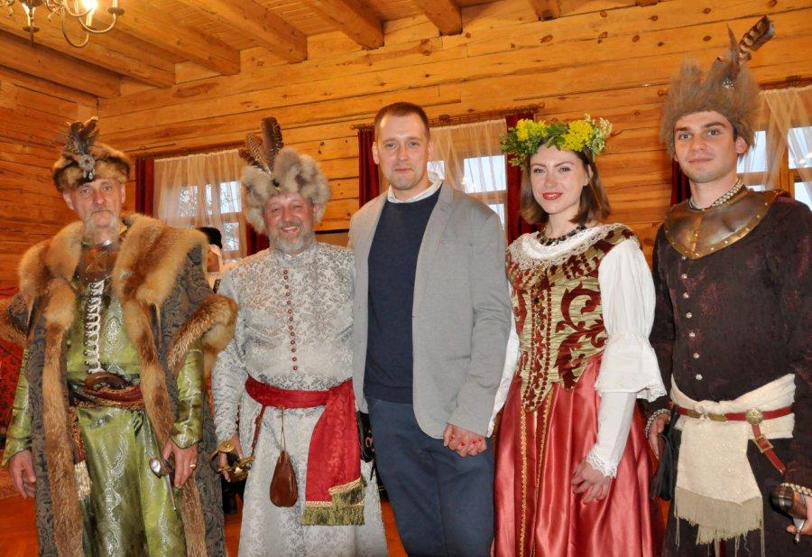 Ola i Piotr nigdy nie zapomną tej nocy w Wygiełzowie