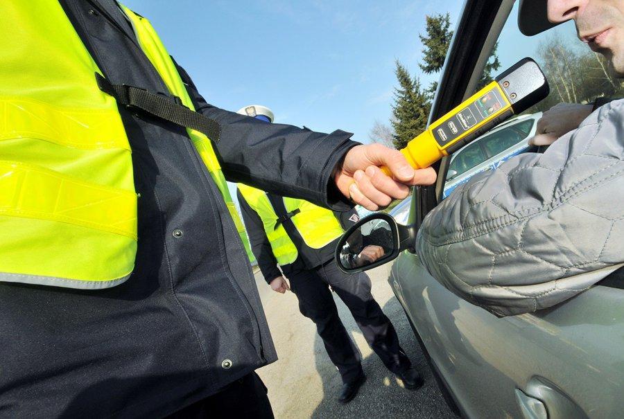 Podpity motorowerzysta dwa razy zatrzymany przez drogówkę