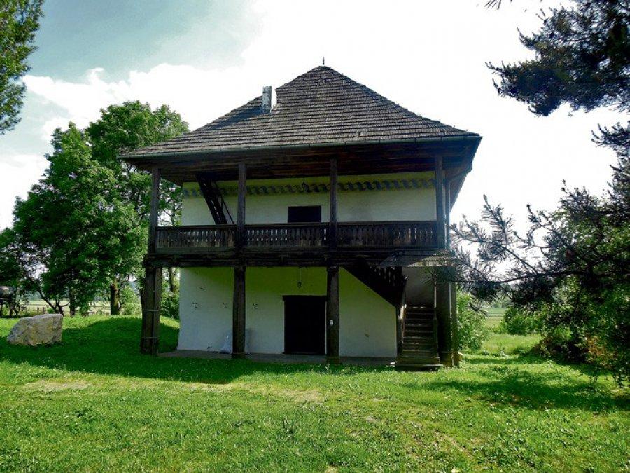 Forteca dla jednej rodziny i ewentualnie sąsiadów
