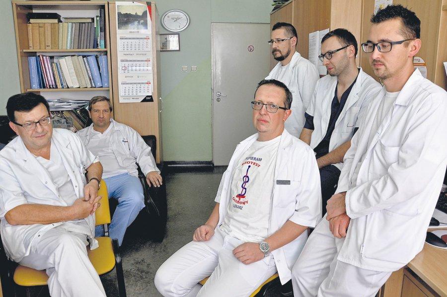 Chirurdzy w szpitalu przeciwni planom dyrekcji