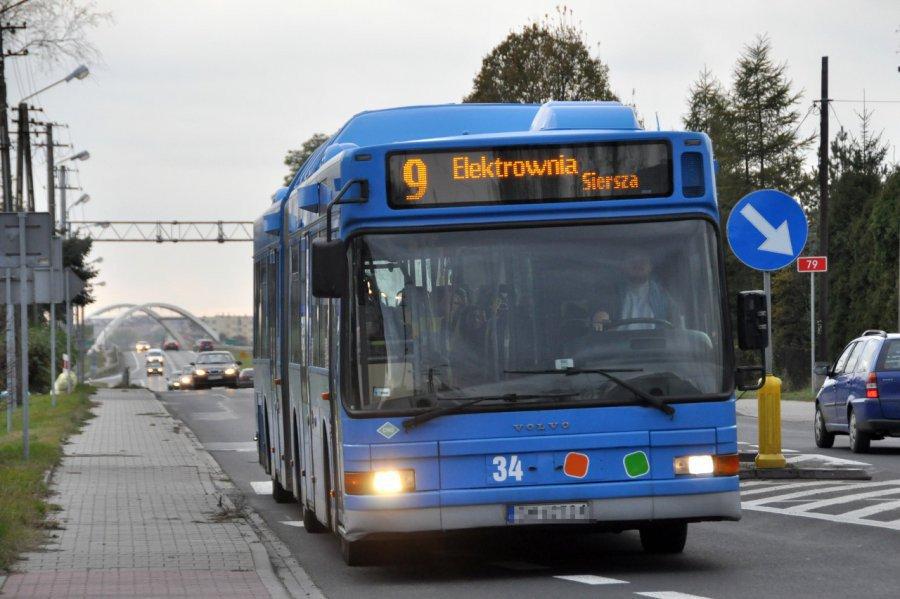 Więcej autobusów pojedzie pod ośrodek zdrowia