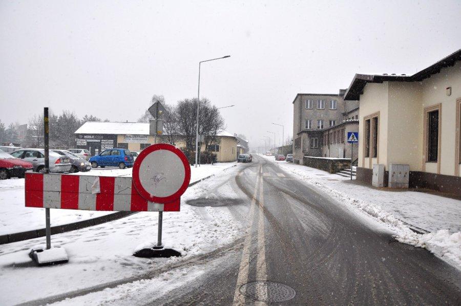 Droga gotowa, ale kierowcom nie wolno jeździć