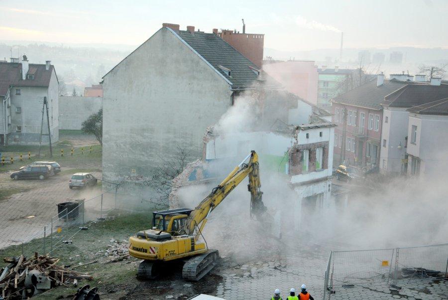 Wyburzanie w centrum Chrzanowa