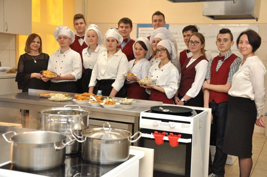 Uczniowie przygotowali wielką wigilię w szkole