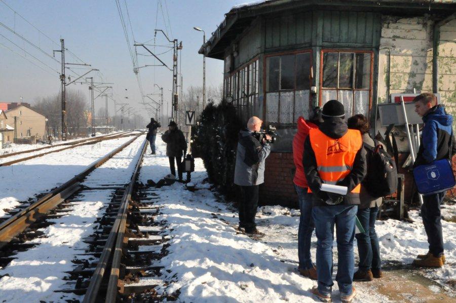 """Zabytkowa nastawnia do likwidacji. """"Stacja Chrzanów'"""" chce ją ocalić"""