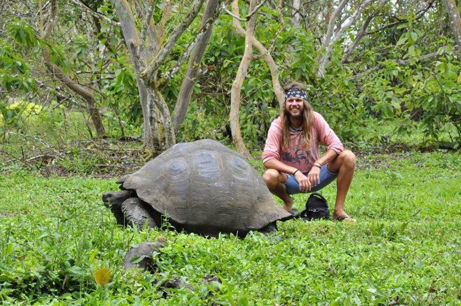 Pływał po dżungli i jadł piranie. Opowie o wyprawie swojego życia