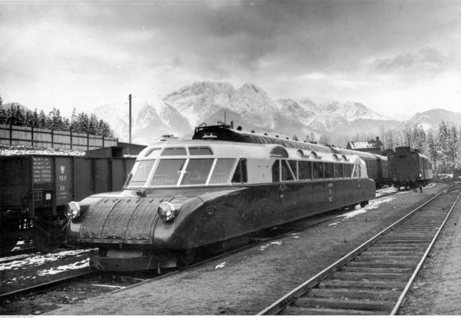 Powstaną pociągi wzorowane na fablokowskiej Luxtorpedzie