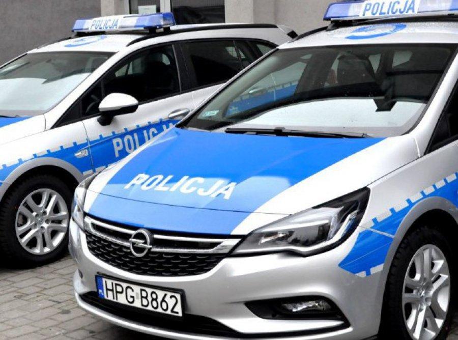 Policjanci gonili pijanego kierowcę