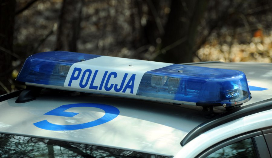 Strażacy przywieźli policjantom pijanego kierowcę