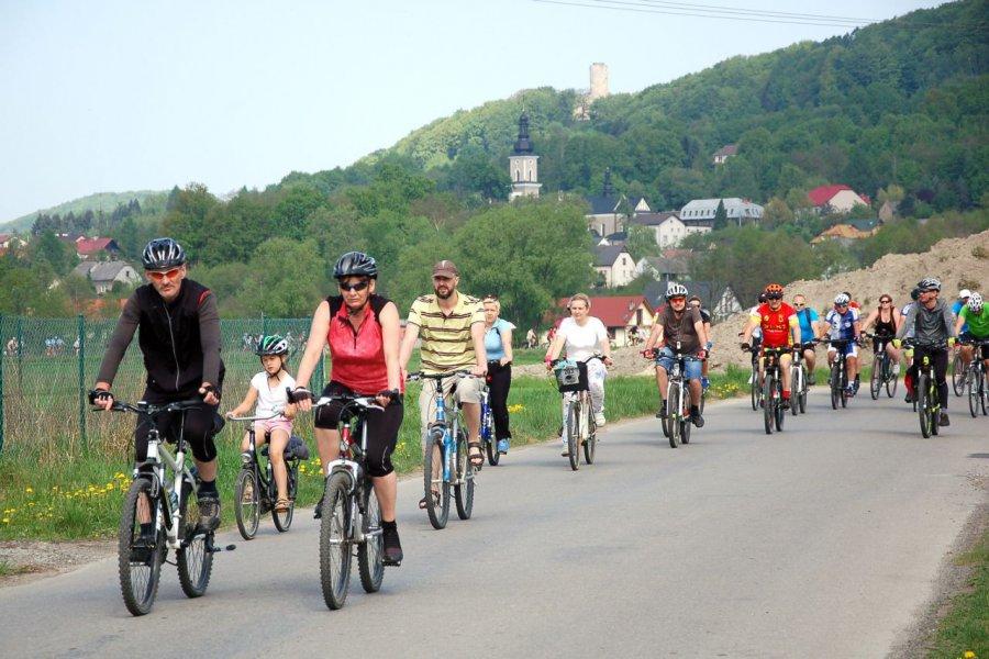 Organizatorzy nie spodziewali się, że przyjedzie aż tylu rowerzystów (WIDEO)