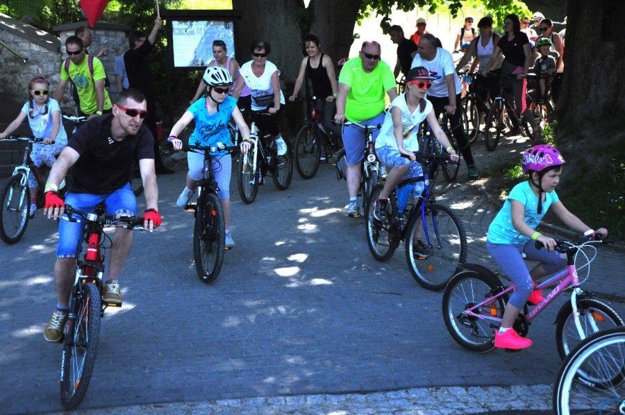800 osób wsiadło na rowery. Zobacz wszystkich (WIDEO)