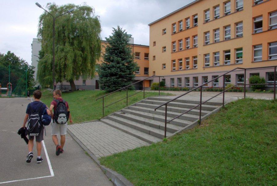 Uczniowie nie przychodzą do szkoły