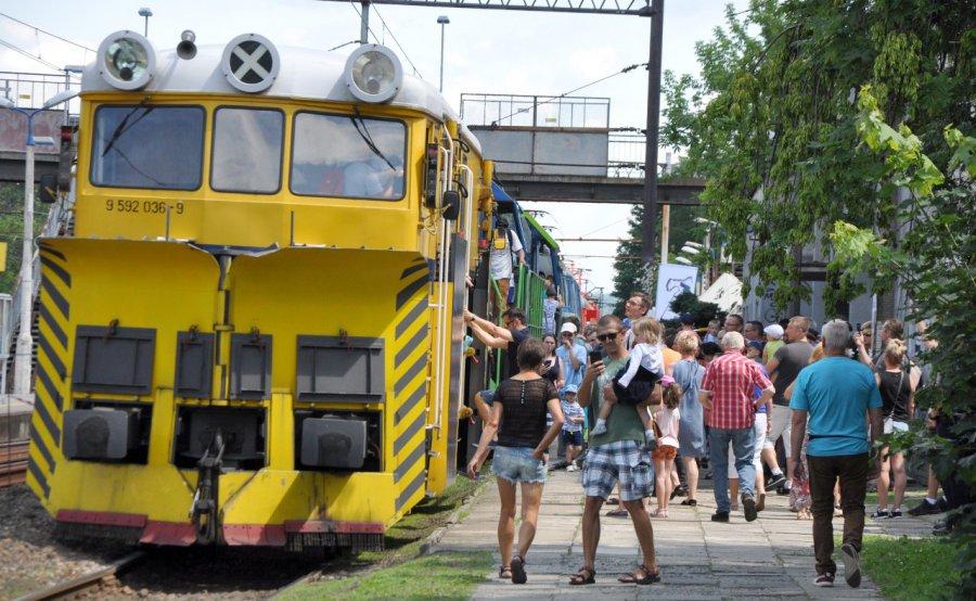 To jest pociąg do pociągów! (wideo, zdjęcia)