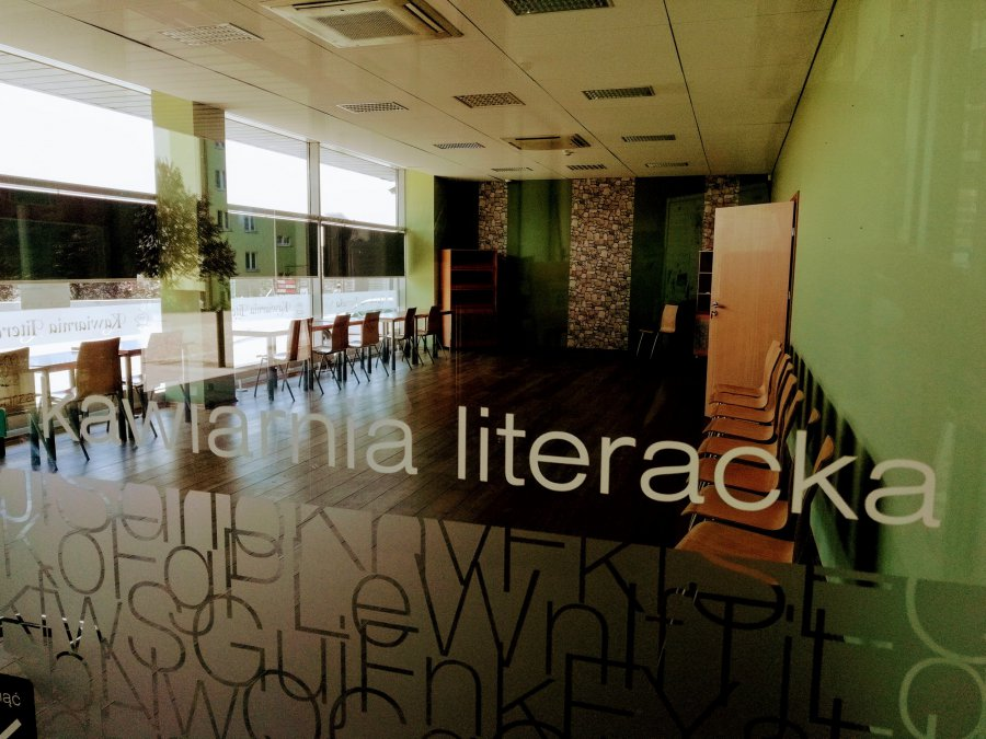 Prywatny biznes w bibliotece w Chrzanowie