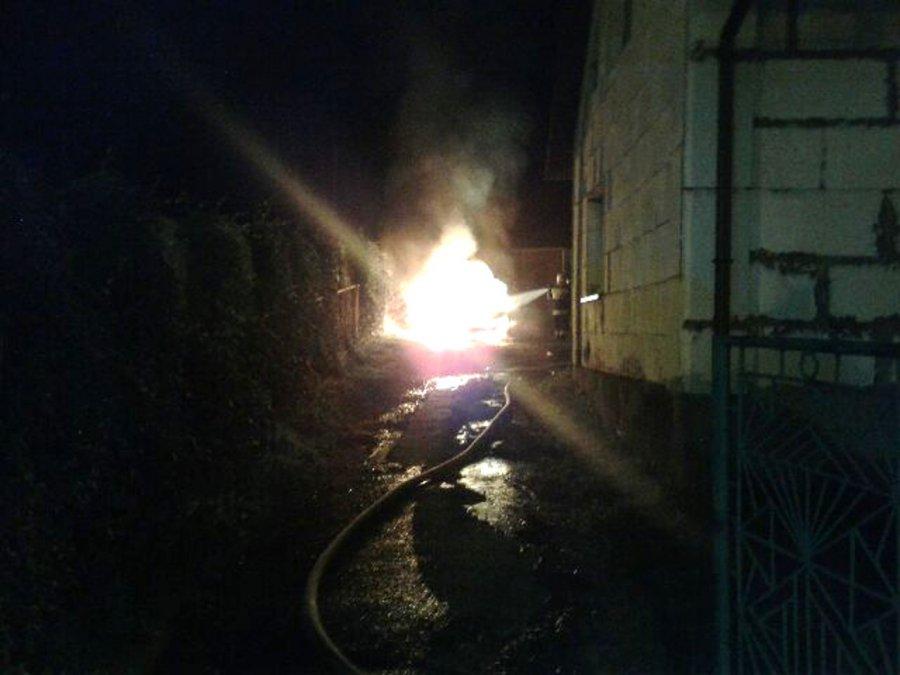 W nocy spłonął kolejny samochód przy ul. Grunwaldzkiej