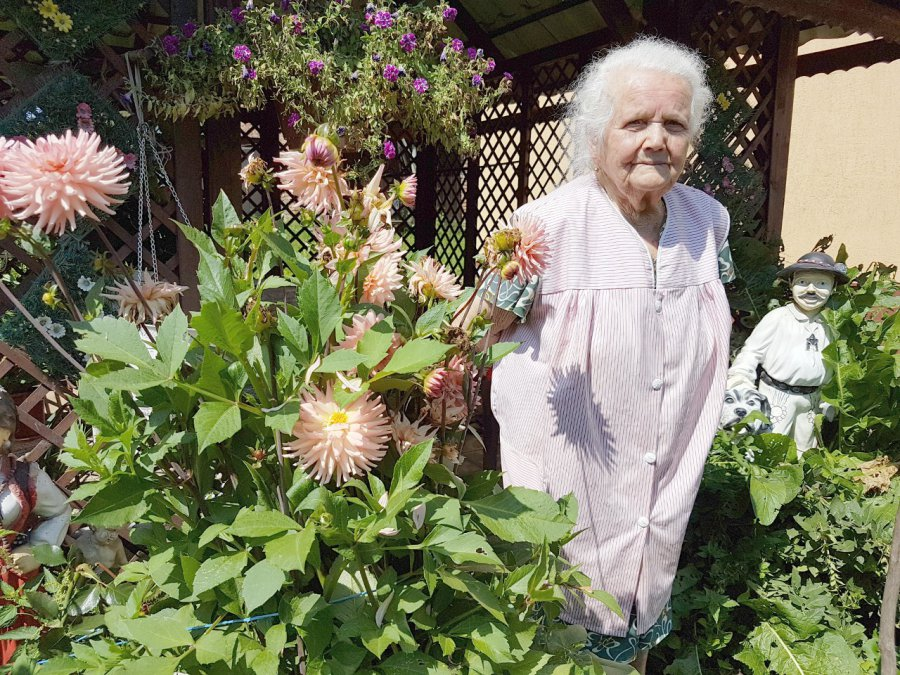 102-letnia pani Jadwiga Was pozdrawia! (wideo)