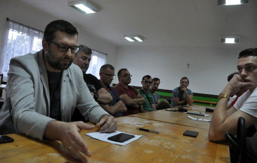 Działacze zdecydowali: Nie kończymy bojkotu!