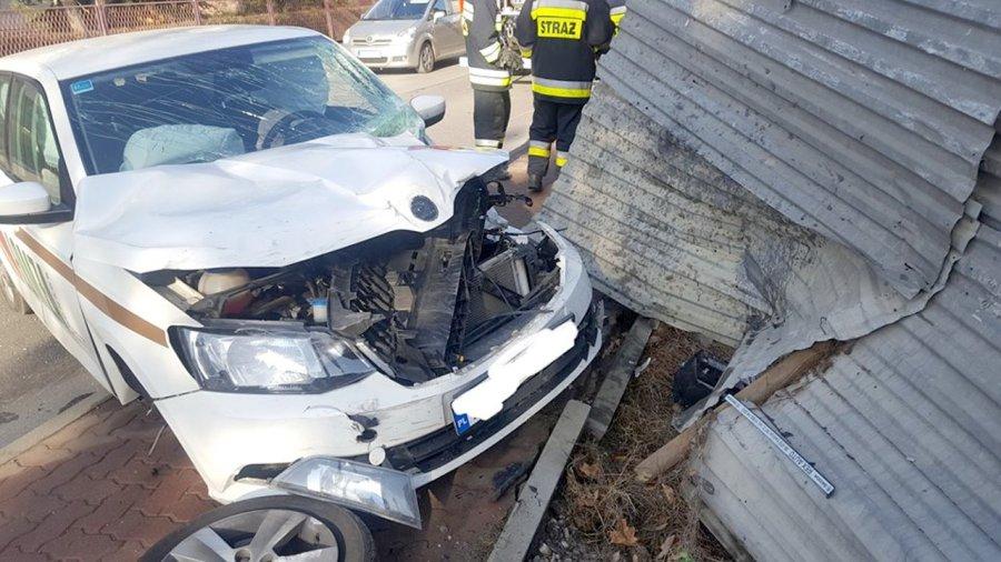 W wyniku zderzenia kierowca trafił do szpitala
