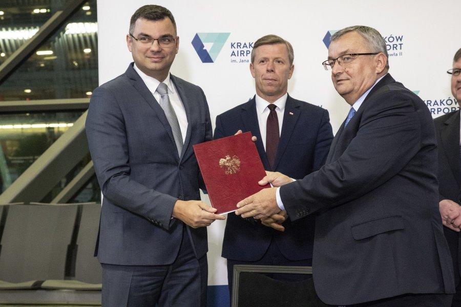 Lotnisko Kraków Balice jeszcze urośnie. Zyska nowy pas startowy, większy terminal