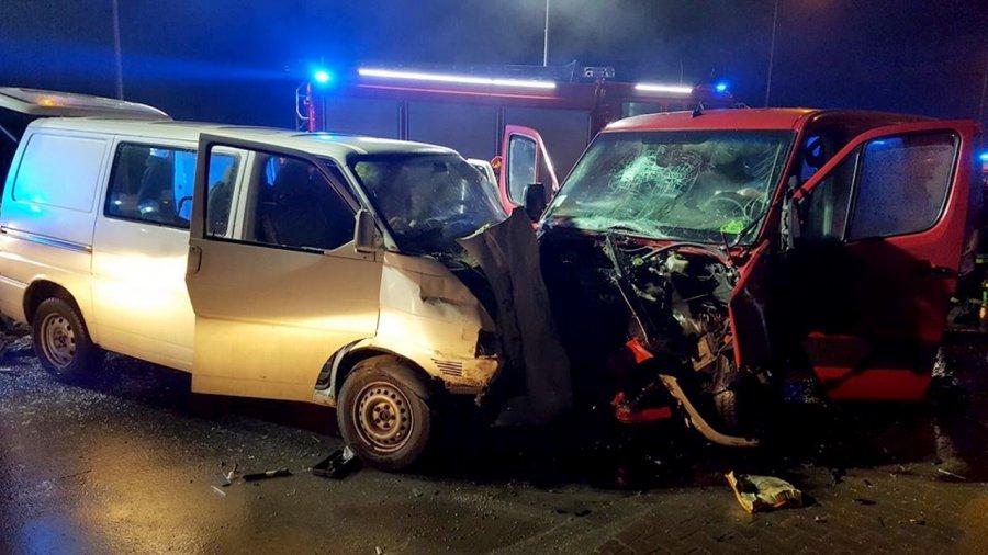 Wypadek na krajówce. Dziewięć osób rannych