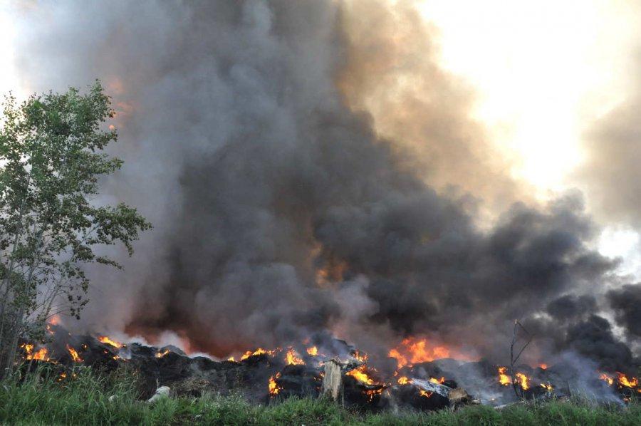 Podejrzani o podpalenie składowiska opon w Trzebini staną przed sądem