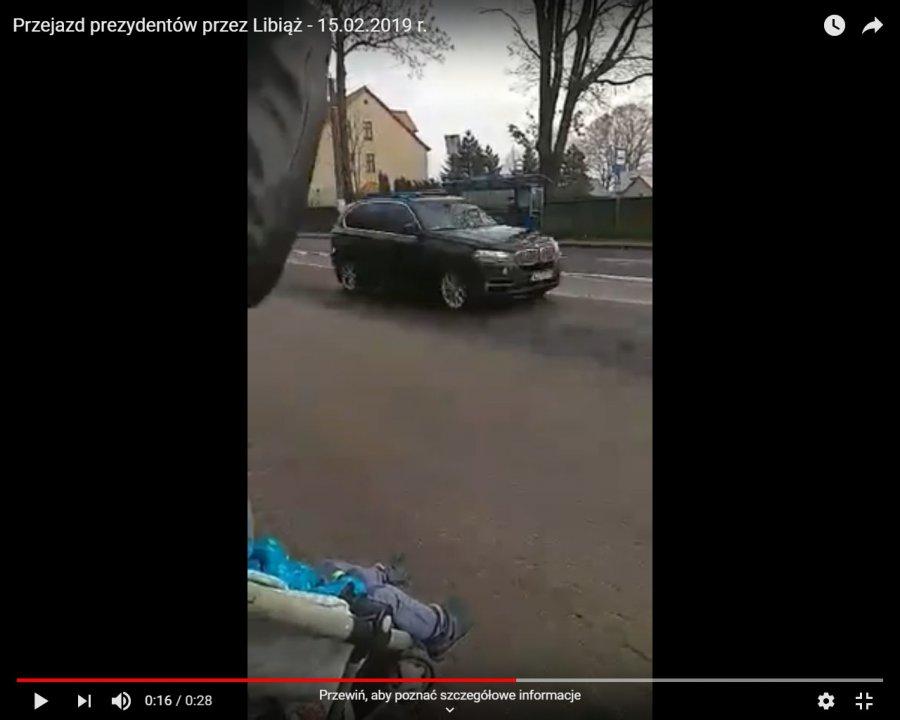 Zobacz przejazd prezydenta Andrzeja Dudy i wiceprezydenta USA (WIDEO)