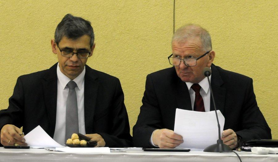 Przewodniczący rady miejskiej i jego zastępca odwołani
