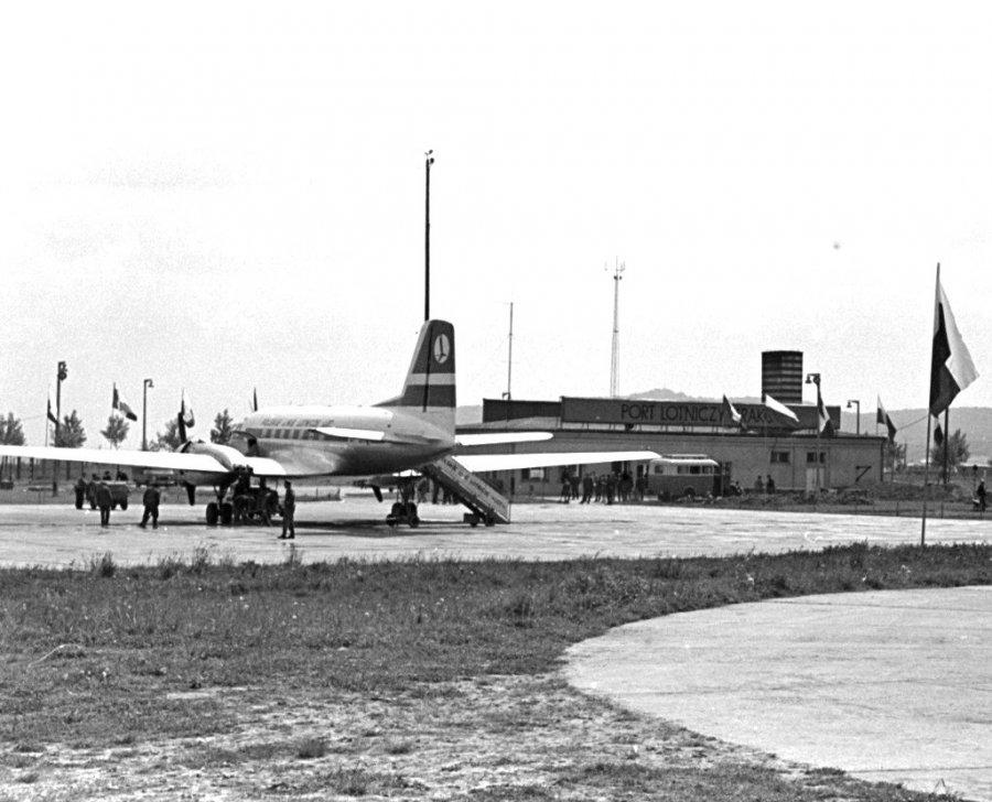Ciekawostki z krakowskiego lotniska, które ma już 55 lat