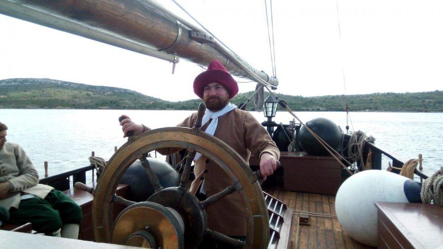 Mieszkaniec ziemi chrzanowskiej na pirackim statku (ZDJĘCIA)
