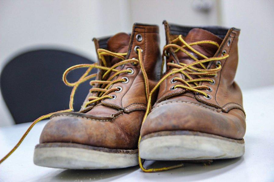 Jak zwrócić rozklejone buty