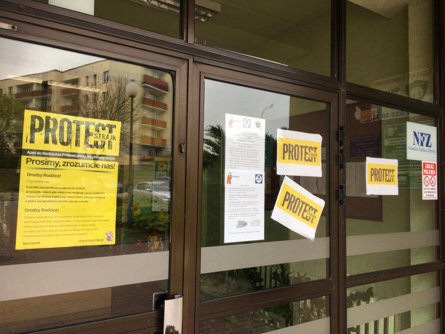 W Trzebini strajkują cztery szkoły