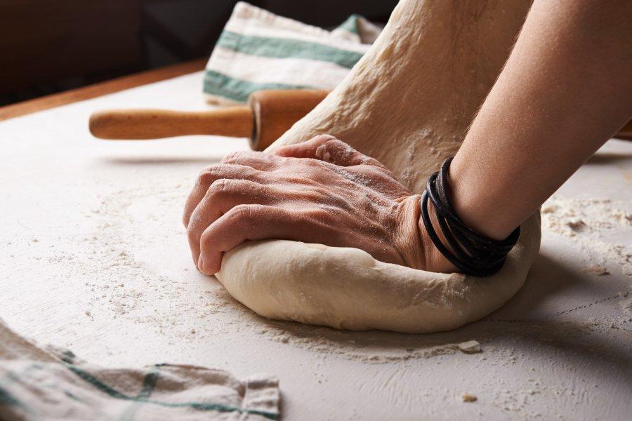 Czym kierować się przy wybieraniu mąki na chleb?