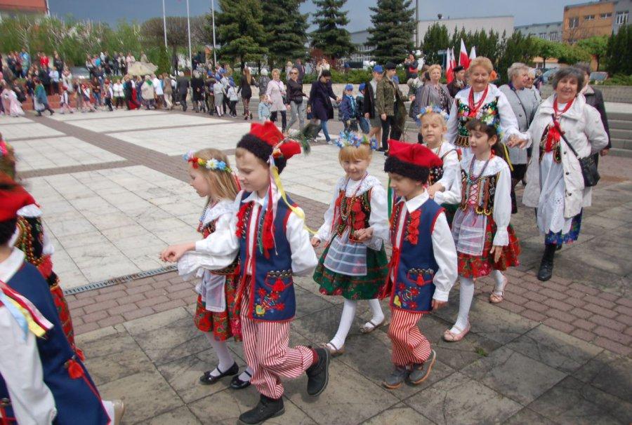 W Libiążu polonez zjednoczył wszystkich (WIDEO)