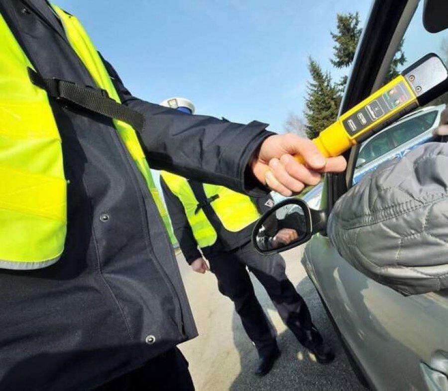 Majówka na drogach powiatu: pijanych kierowców prawie nie ma